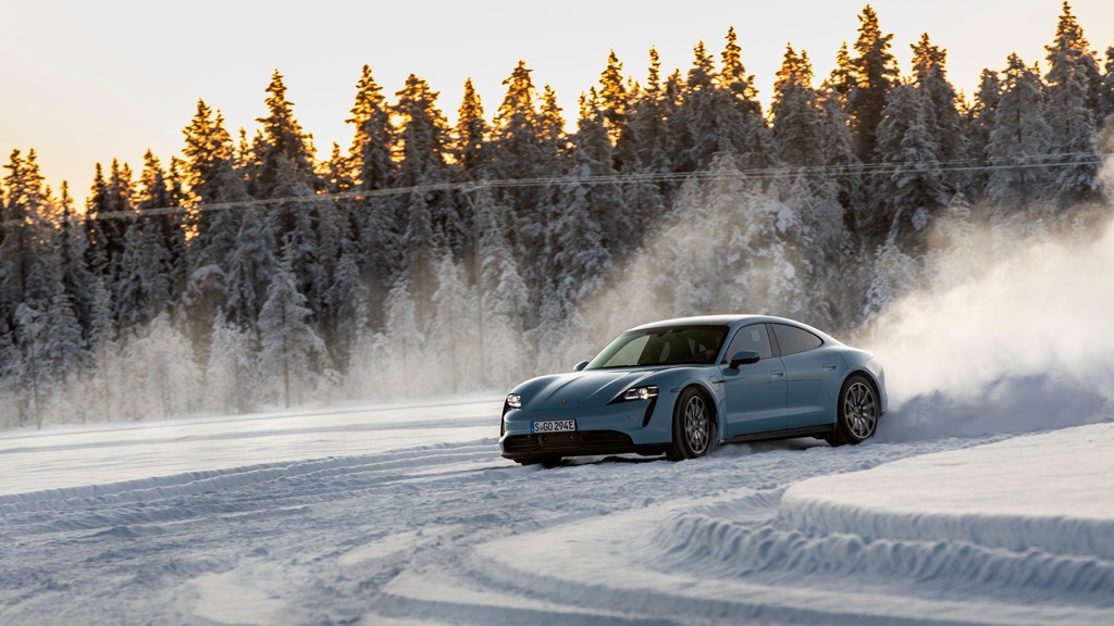 porsche_tycan_on_ice_electric_motor_news_05