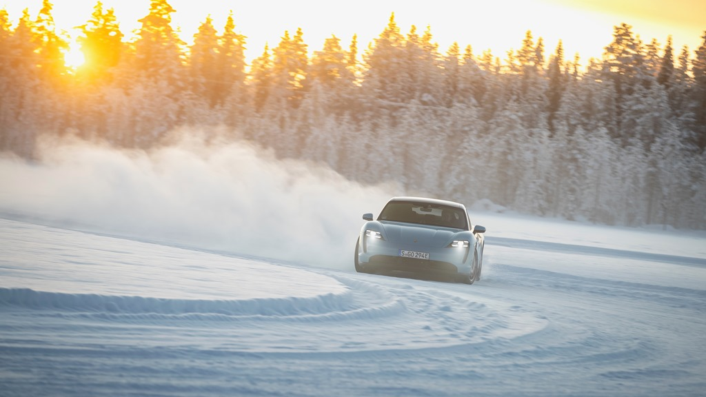 porsche_tycan_on_ice_electric_motor_news_13