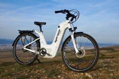 alpha2_0_hydrogen_fuel-cell_e-bike_electric_motor_news_03