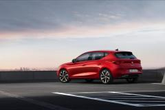 media-003_All-new-SEAT-Leon-FR-Desire-Red
