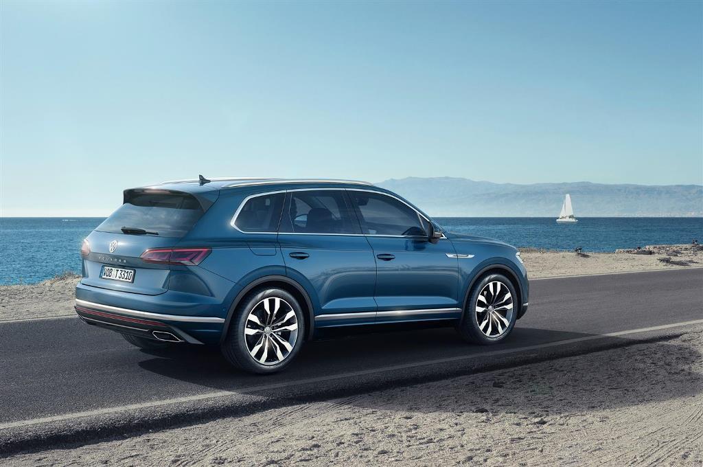 nuova_volkswagen_touareg_electric_motor_news_04