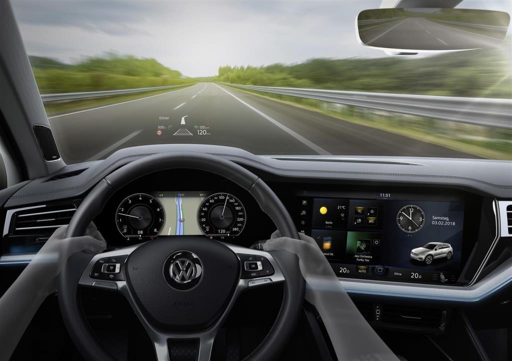 nuova_volkswagen_touareg_electric_motor_news_30