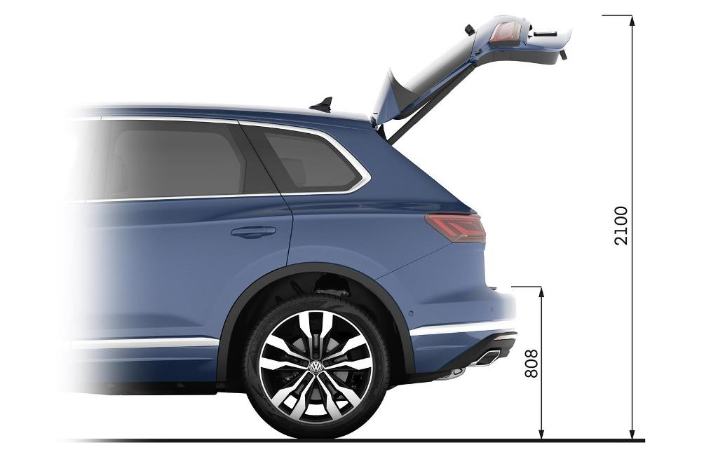 nuova_volkswagen_touareg_electric_motor_news_36