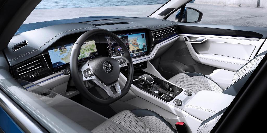 nuova_volkswagen_touareg_electric_motor_news_50