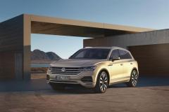 nuova_volkswagen_touareg_electric_motor_news_18
