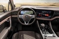 nuova_volkswagen_touareg_electric_motor_news_49