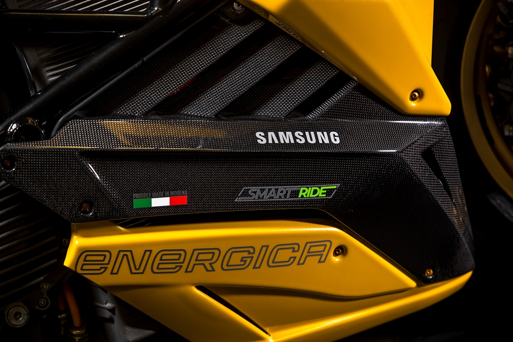 bolide_smartride_energica_samsung_electric_motor_news_06