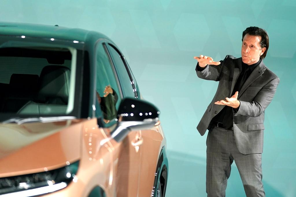 Nissan-Ariya_Digital-World-Premiere_Act-3_Action-Scene_004