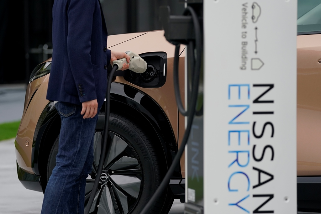 Nissan-Ariya_Digital-World-Premiere_Charging-Scene_Action-Scene_012
