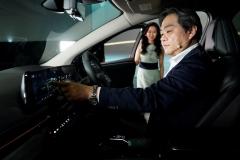 Nissan-Ariya_Digital-World-Premiere_Act-5_Action-Scene_022