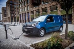 01_EMBARGO-Renault-Kangoo-Z.E. wins the first award