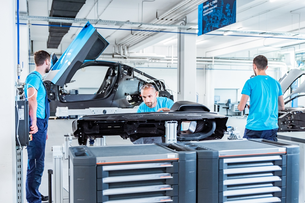 rimac_c_two_prototype_assembly_line_electric_motor_news_04