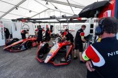 Oliver Rowland (GBR), Nissan e.Dams, Nissan IMO2 and Sébastien Buemi (CHE), Nissan e.Dams, Nissan IMO2 in the garage