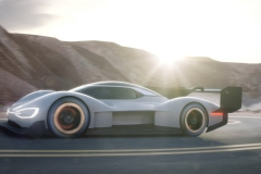 volkswagen_id_r_pikes_peak_electric_motor_news_02