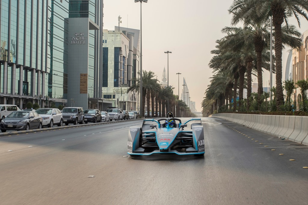formula_e_saudia_electric_motor_news_02