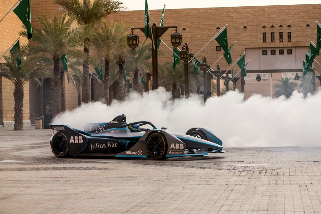 formula_e_saudia_electric_motor_news_05