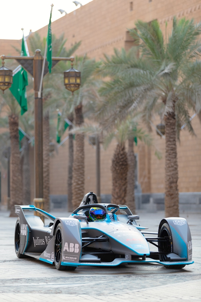 formula_e_saudia_electric_motor_news_08