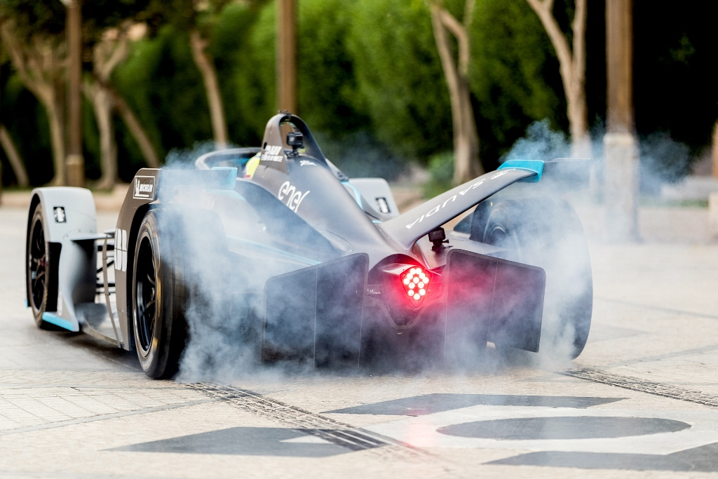 formula_e_saudia_electric_motor_news_09