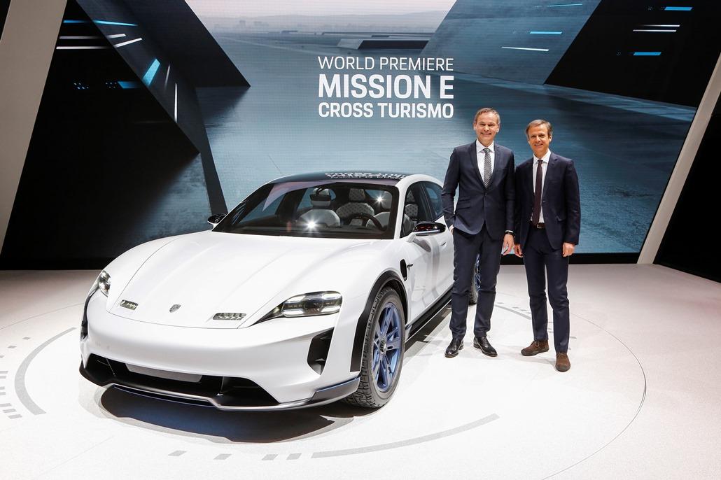 porsche_mission_e_cross_turismo_electric_motor_news_01