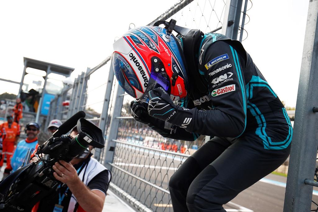 Mitch Evans (NZL), Panasonic Jaguar Racing, celebrates after winning the race
