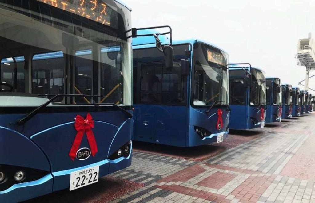 line-up_bus_byd_k9_service_Okinawa_Naha_Port_electric_motor_news