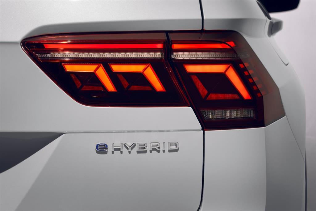 nuova_volkswagen_tiguan_ehybrid_electric_motor_news_06