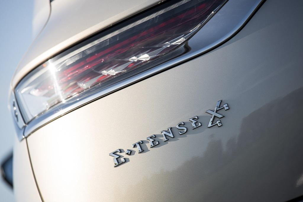 ds_7_crossback_e-tense_4x4_electric_motor_news_03