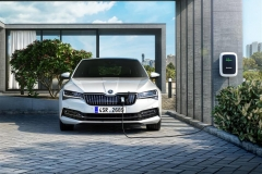 skoda_superb_iV_electric_motor_news_02