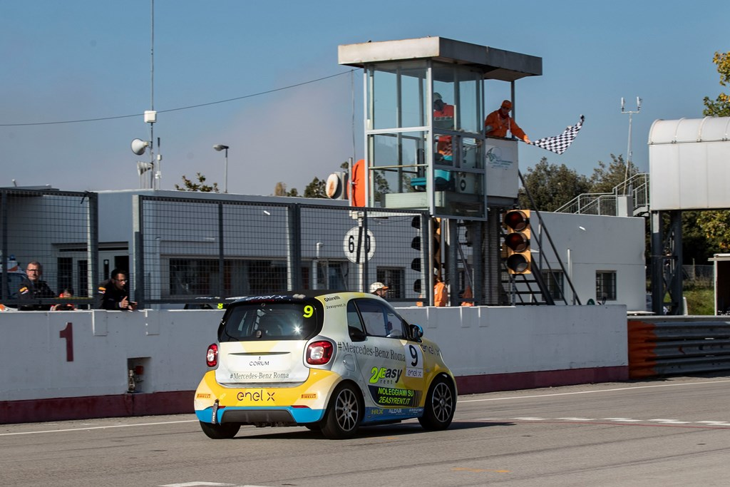 smart_eq_fortwo_e-cup_electric_motor_news_05