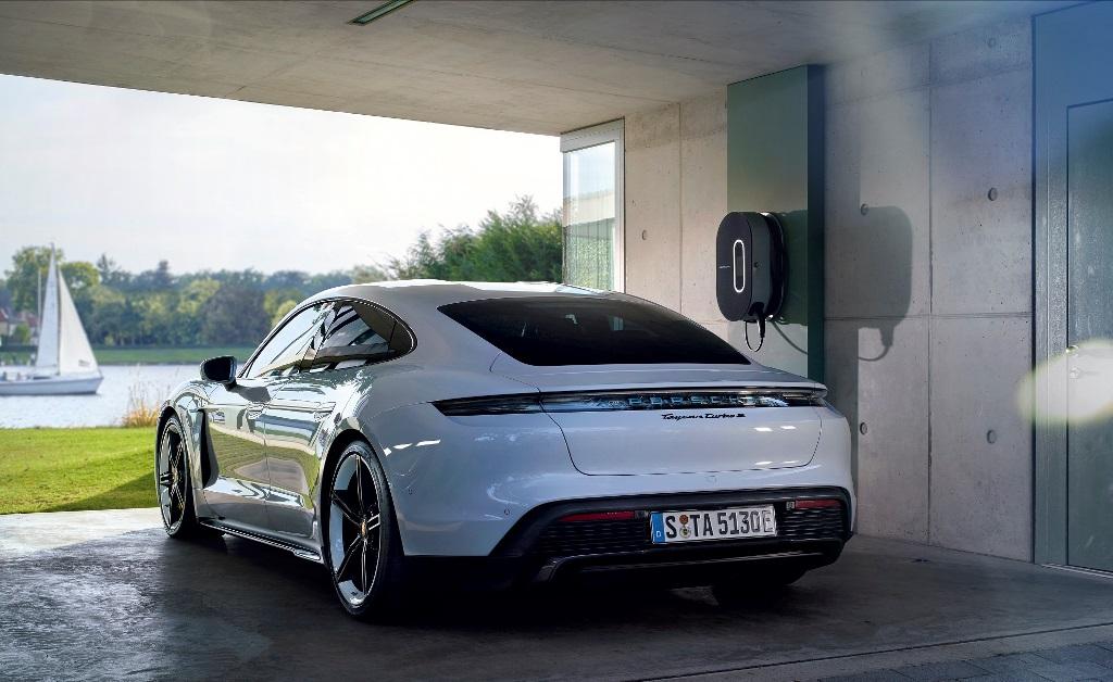 porsche_charging_solutions_electric_motor_news_01