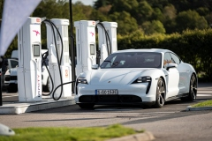 porsche_charging_solutions_electric_motor_news_02