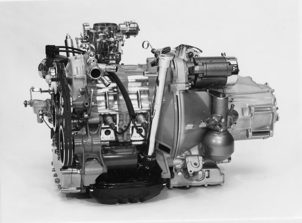 Motore-e-cambio-della-GS-Birotor-foto-1