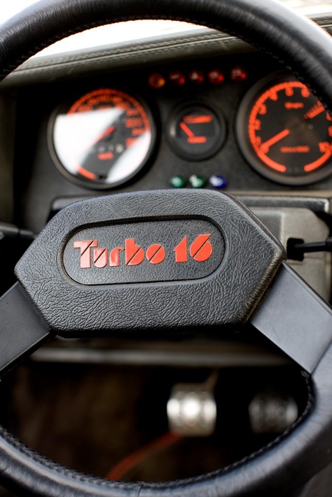 4-PEUGEOT-205-turbo16-1985