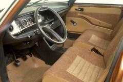 Plancia-e-sedili-della-vettura-media-Citroen-GS-1970