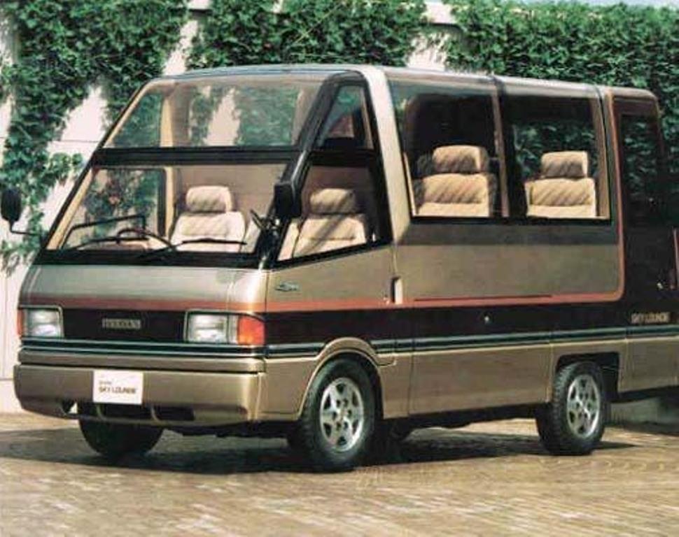 Mazda-Bongo-Sky-Lounge_hires_hires