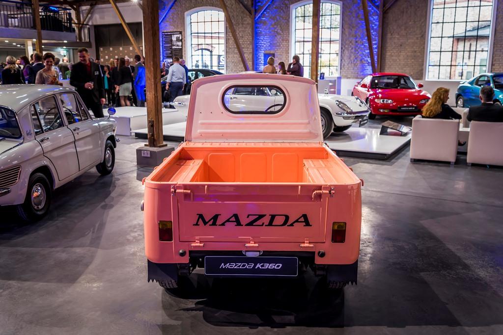 Mazda-K360-2