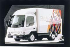 Mazda_Titan_CNG_2000_hires_hires