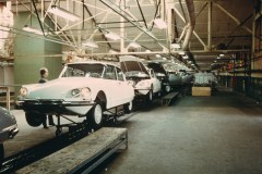 Assemblaggio-della-DS-nella-fabbrica-belga-di-ForesT_4_0
