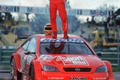 14-Joachim-Winkelhock-DTM-2000-59846