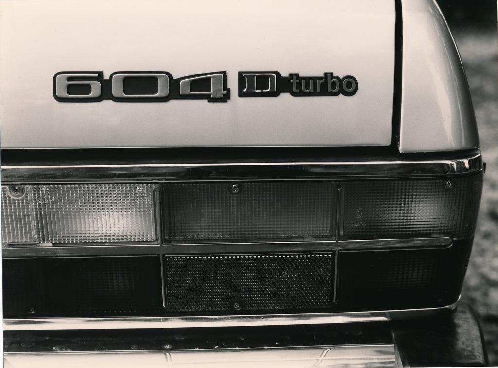 PEUGEOT 604 D turbo (2)_0