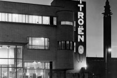 Dettaglio del logo Citroen affisso sulla sede olandese nei primi anni '30
