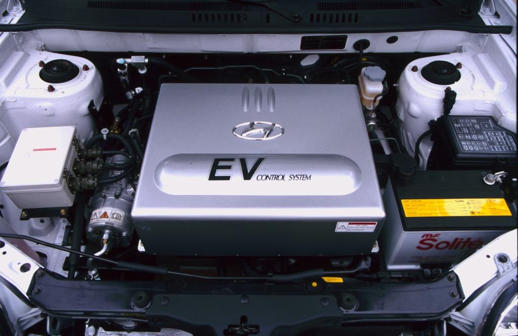 Hyundai_Santa_Fe_EV2