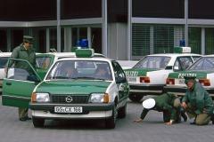 Opel-Acona-Polizei-27765