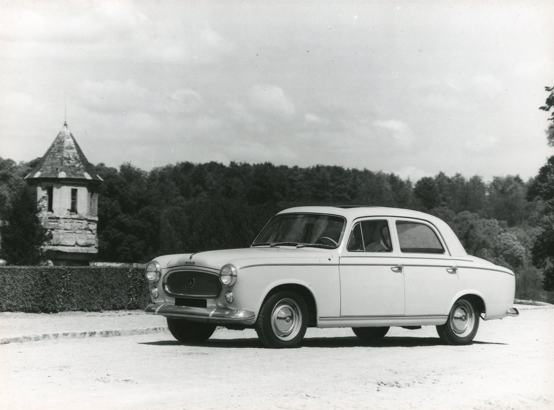PEUGEOT-403-Diesel-1