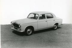 PEUGEOT-403-Diesel-3