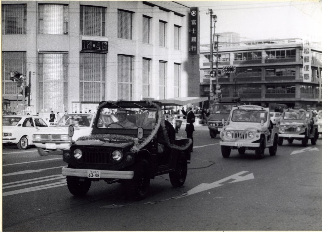 AUTO_1970-The-First-Generation-Jimny-LJ10-on-Sale-Perfect-for-Work-and-Leisure-3