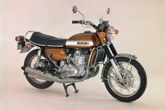 MOTO_1971_GT750_Diagonal