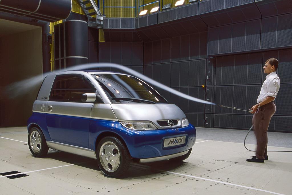 Der Opel MAXX im Windkanal (1995)
