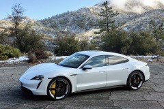 porsche_taycan_2020_electric_motor_news_05