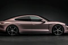 porsche_taycan_mercato_cinese_electric_motor_news_02